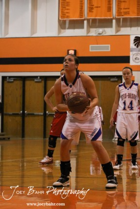 Otis-Bison_Girls_vs_Hoisington_12-9-11_0209